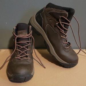 Columbia mens boots